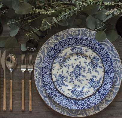 Grey and blue dinner set